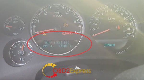 EL-504483-Relearn-new-TPMS-Chevy-Avalanche-10